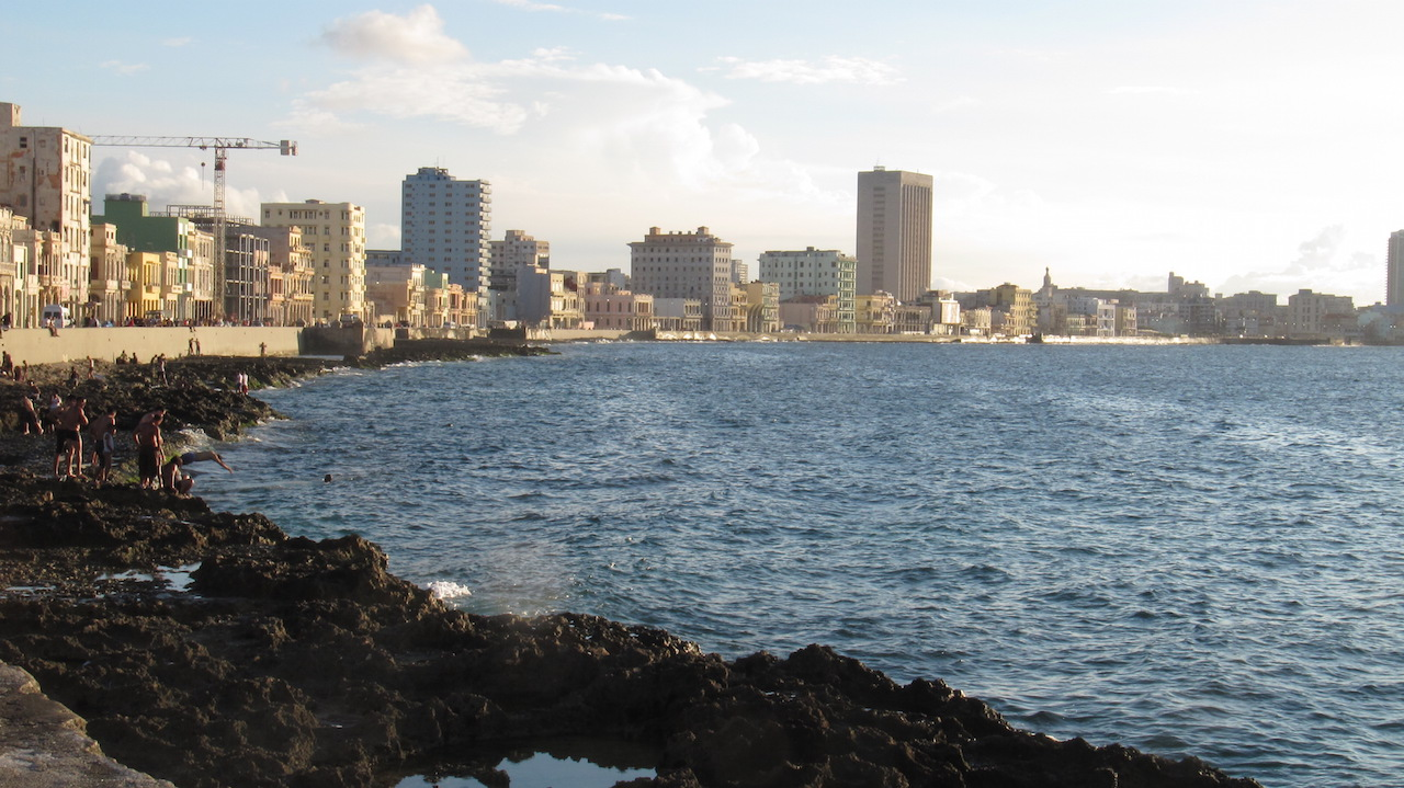 El Malecon Habana